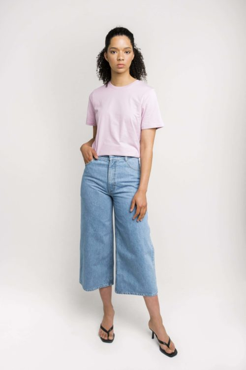 Ethical Label Kowtow's Classic Tee in Lilac